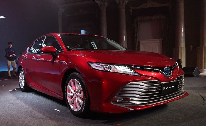 Toyota Camry 2019 sẽ được nhập khẩu về Việt Nam chứ không được lắp ráp trong nước như trước nữa