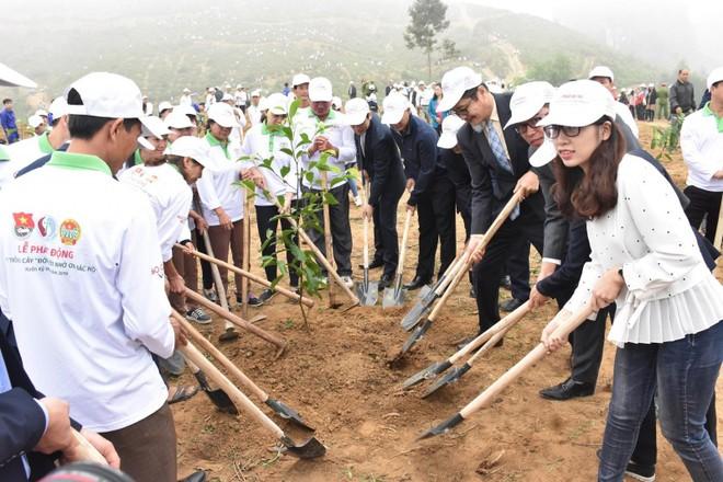 Hoạt động trồng cây khai xuân thường niên được Toyota Việt Nam phát động cùng với Bộ Tài nguyên và Môi trường