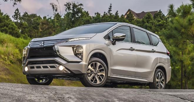 So với Toyota Rush, Mitsubishi Xpander đem lại cảm giác thực dụng hơn