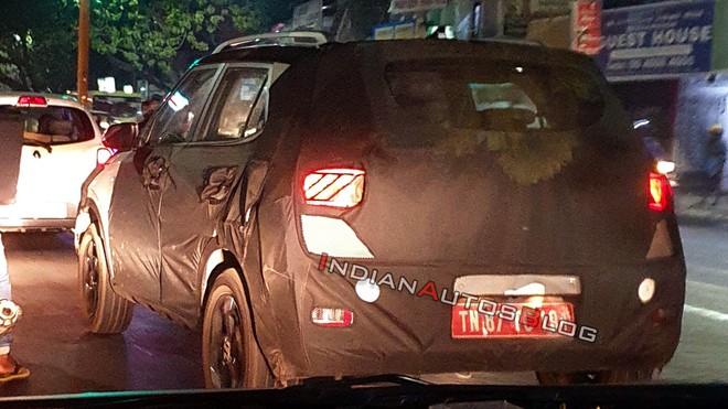 Cụm đèn hậu LED phía sau Hyundai Leonis được hé lộ