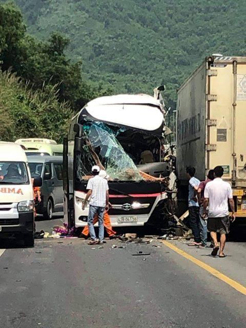 Ảnh tại hiện trường vụ tai nạn (Nguồn:facebook)