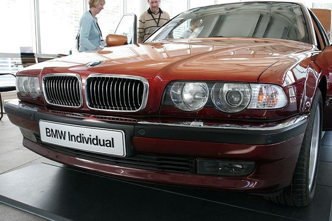 Chiếc BMW L7 Limo của Karl Lagerfeld