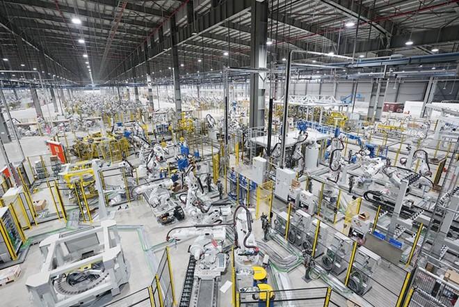 Với dây chuyền sản xuất hiện đại, nhà máy Vinfast được ông Kim Jong-un đặc biệt quan tâm