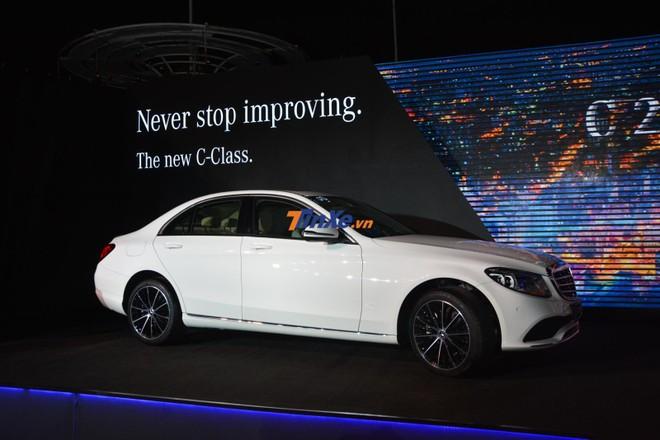 Mercedes-Benz C200 Exclusive 2019 có giá1,709 tỷ đồng