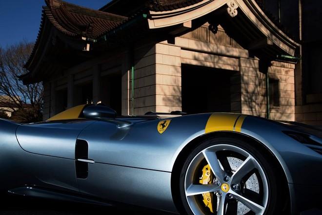 Chỉ có 499 chiếc Ferrari Monza được sản xuất trên toàn thế giới