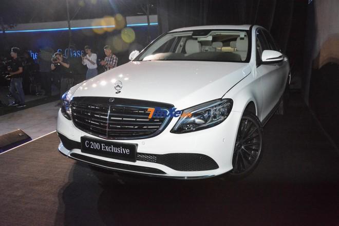 Chiếc Mercedes-Benz C-Class 2019 mà Ngô Kiến Huy chọn mua thuộc phiên bản C200 Exclusive 2019
