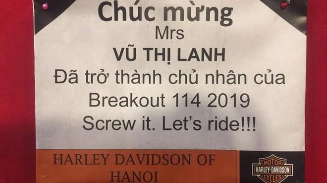Món quà tặng chồng của chị lanh là xe Harley-Davidson Breakout 114