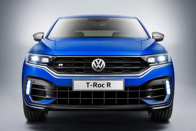 Cận cảnh đầu xe của Volkswagen T-Roc R 2020