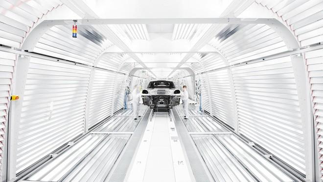 Hình ảnh dây chuyền sản xuất của Porsche