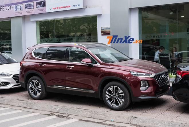 Hyundai Santa Fe 2019 Premium đã có mặt tại các đại lý chính hãng