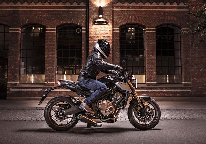 Honda CB650R 2019 mang phong cách hoài cổ với ngôn ngữ thiết kế Neo Sports Café
