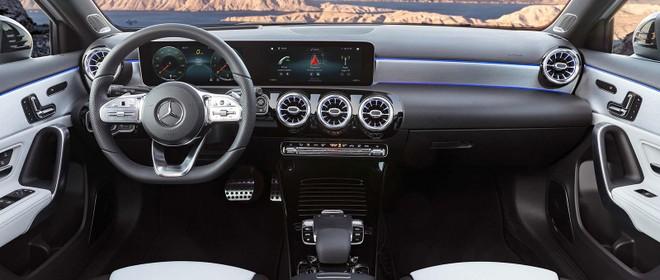 Nội thất của Mercedes-Benz A220 2019