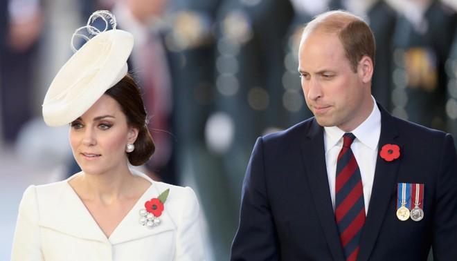 Vợ chồng Hoàng tử William muốn xin lỗi cụ bà sau vụ tai nạn