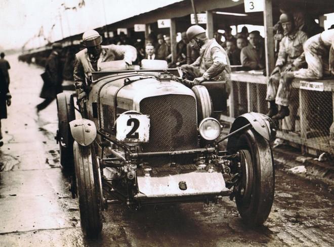 Bentley EXP2 từng giành vinh quang ở rất nhiều giải đua trong quá khứ
