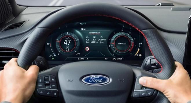 Bảng đồng hồ kỹ thuật số toàn phần khá xịn sau vô lăng của Ford Puma mới