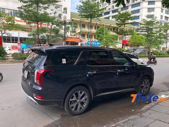 Hyundai Palisade 2020 sẽ cạnh tranh trực tiếp với Ford Explorer tại thị trường Việt Nam.