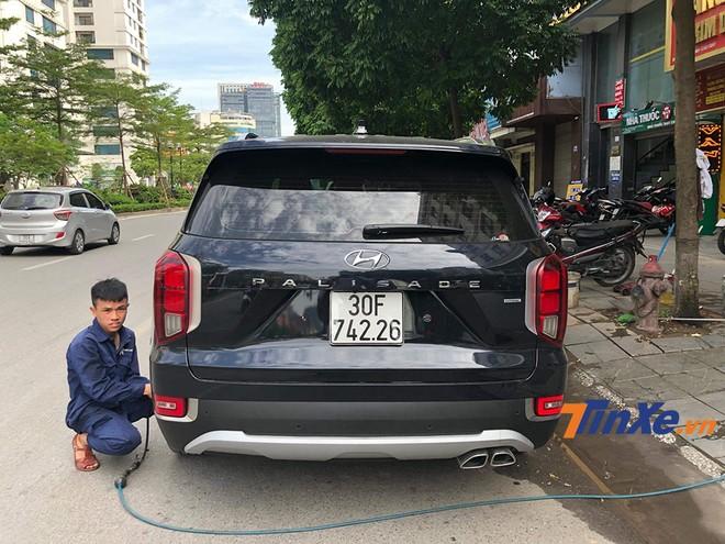 HTRAC cho thấy chiếc xe được trang bị hệ thống dẫn động bốn bánh đặc trưng của Hyundai.