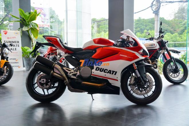 Hai chiếc Ducati 959 Panigale Corse về Việt Nam không có những trang bị này