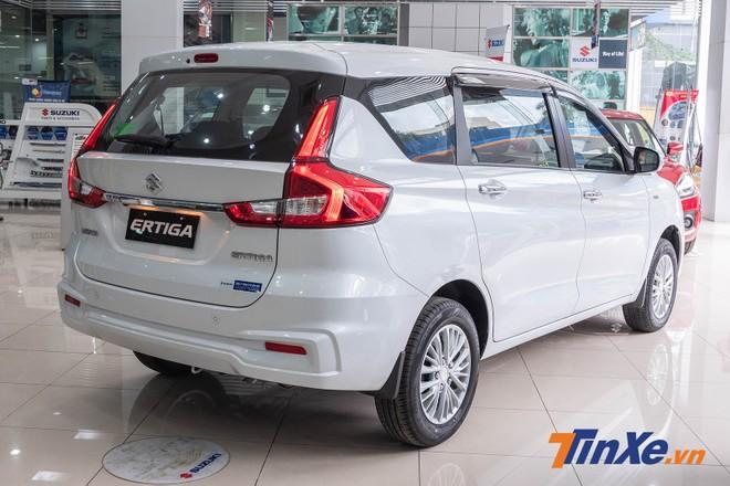 Cụm đèn hậu LED là điểm nhấn cho thiết kế đuôi xe của Suzuki Ertiga 2019