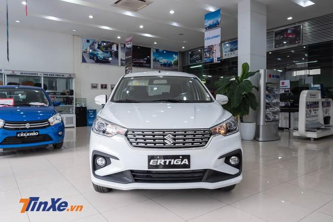 Cận cảnh thiết kế đầu xe của Suzuki Ertiga 2019