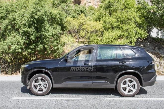 VinFast LUX SA2.0 sử dụng cơ sở gầm bệ của BMW X5
