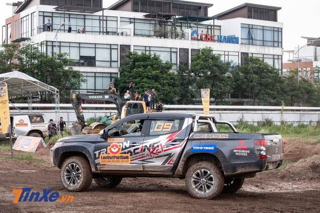 KOK năm nay còn có sự góp mặt của Racing AKA, đội đua chuyên nghiệp đầu tiên của Việt Nam mới được thành lập, gồm các tay đua có tiếng trong giới chơi xe như Hoàng Giang (số 09, Triton 2019), Trần Phát (số 19, Triton 2019) và Trung Kobe (số 02, Triton 2013)