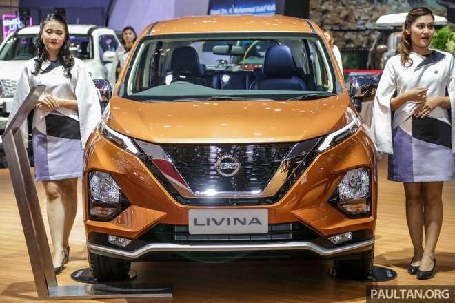 Nissan Livina 2019 sở hữu thiết kế đầu xe khá giống với Mitsubishi Xpander