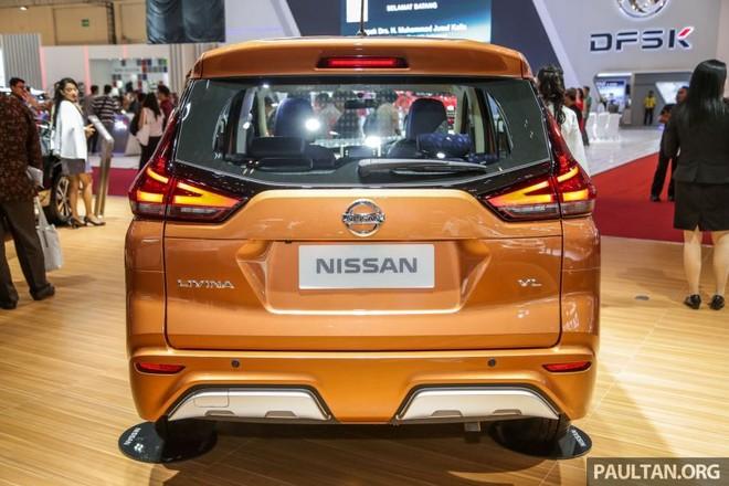 Thiết kế đuôi xe của Nissan Livina 2019 cũng gợi liên tưởng đến Mitsubishi Xpander