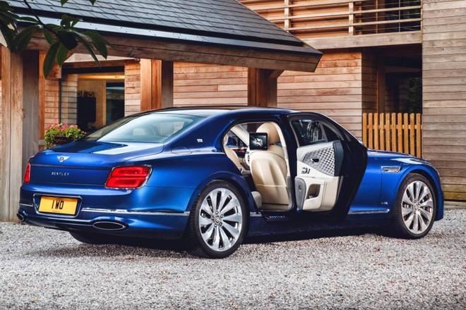 Bentley Flying Spur First Edition 2020 sở hữu nội thất sang trọng
