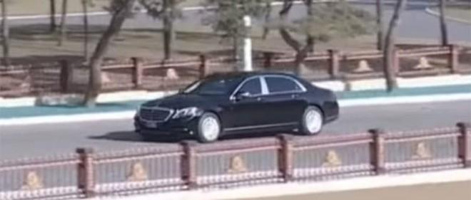 Chiếc Mercedes-Maybach S600 mới của ông Kim từng xuất hiện trên các phương tiện truyền thông của Triều Tiên vào hồi tháng 2/2019