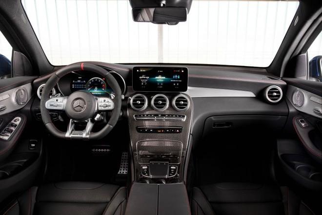 Nội thất của Mercedes-AMG GLC43 2020