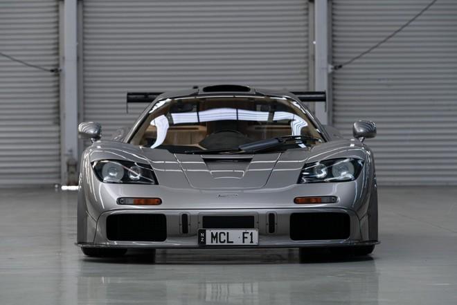 Siêu xe McLaren F1 chỉ có 2 chiếc trên thế giới này sẽ mang lại núi tiền cho chủ nhân