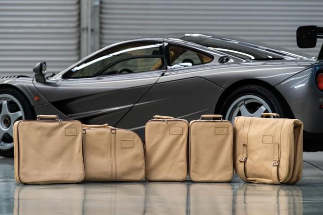 Túi xách theo xe