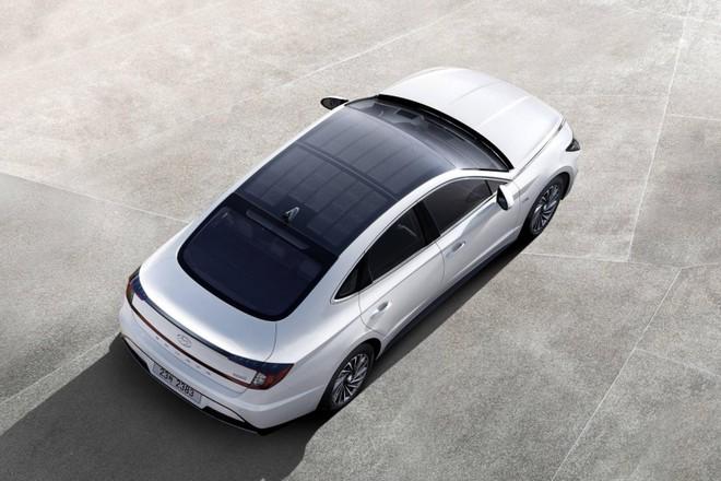 Hyundai Sonata Hybrid 2020 có khả năng tiết kiệm xăng ấn tượng