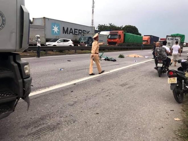 Hiện trường vụ tai nạn xảy ra vào cùng vị trí nhưng trước đó 1 tiếng