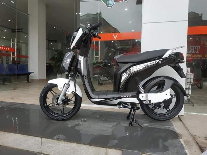Mẫu xe Vinfast Ludo có mức giá 21 triệu đồng và là mẫu xe điện rẻ nhất của Vinfast