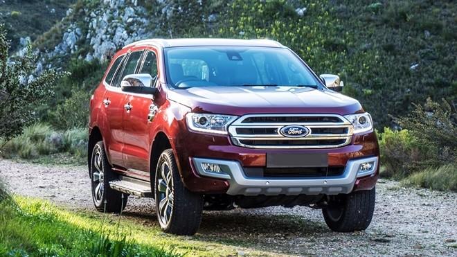 Ford Everest cũng là một sự lựa chọn hấp dẫn trong phân khúc SUV 7 chỗ cỡ trung