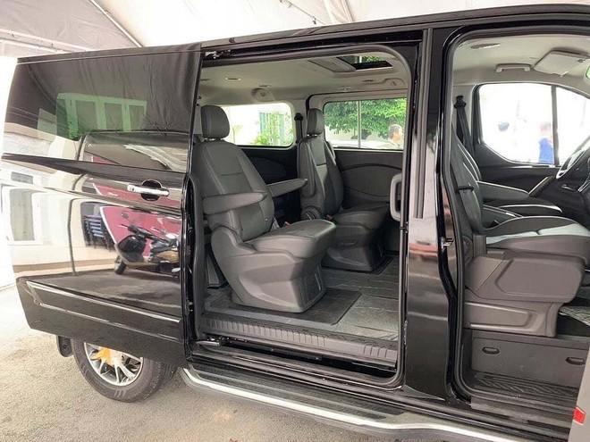 Ford Tourneo sắp bán ra tại Việt Nam sẽ chỉ có 1 cấu hình 7 chỗ ngồi