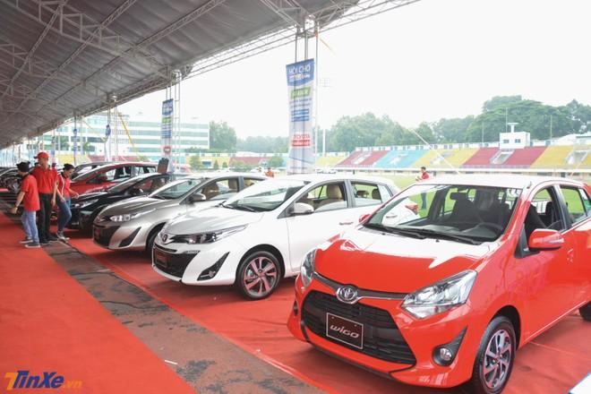 Quay trở lại Tp.HCM, hội chợ ô tô lớn nhất miền Nam thu hút hàng nghìn lượt khách tham dự