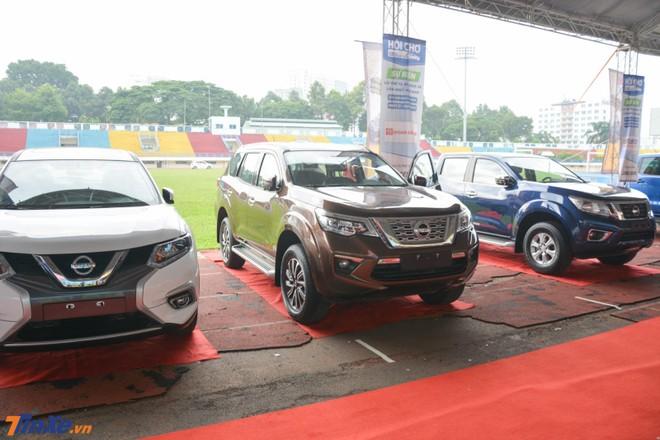 Dàn xe Nissan tại Hội chợ Oto.com.vn lần 3