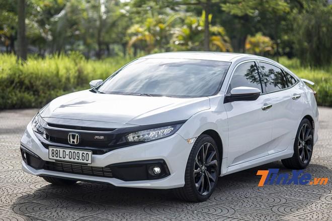 Dù rất đẹp, lái đầy cảm xúc nhưng Honda Civic thế hệ 10 vẫn chưa thể có một vị trí vững chắc về doanh số tại Việt Nam.