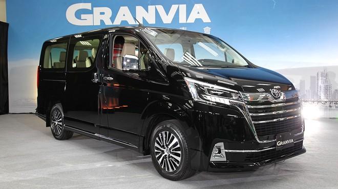 Toyota Granvia 2019 ra mắt tại thị trường Úc
