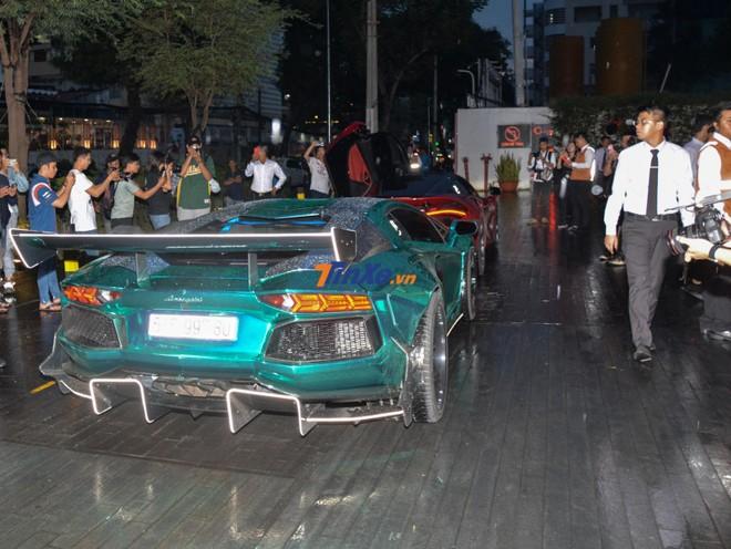 Chiếc siêu xe Lamborghini Aventador Limited Edition 50 này được trang bị ống xả độ