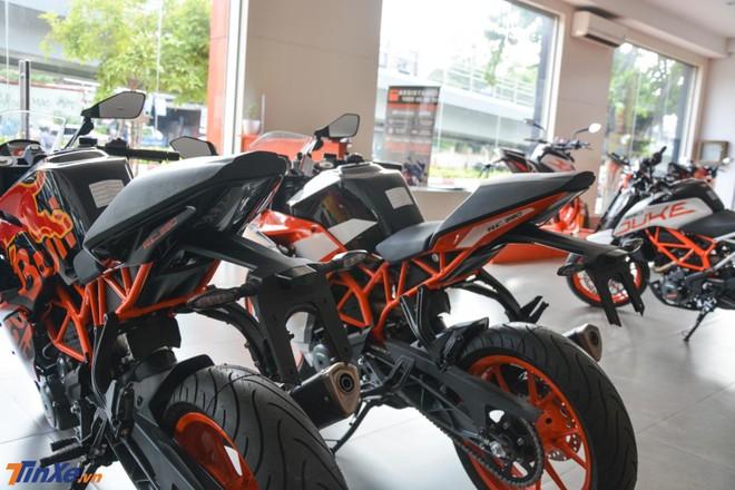 KTM RC 390 cùng với phiên bản MotoGP Edition 2019 vẫn được trang bị khối động cơ xi-lanh đơn, dung tích 373 phân khối
