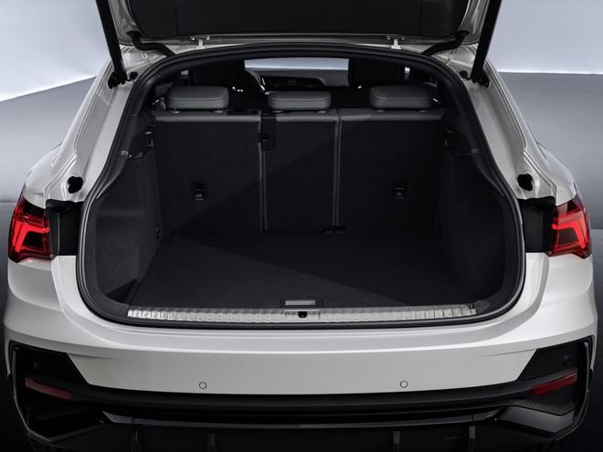 Khoang hành lý rộng rãi bên trong Audi Q3 Sportback