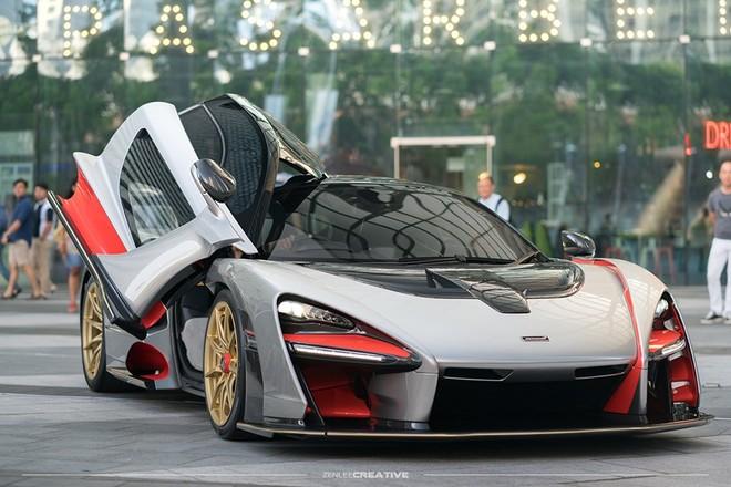 Đây là chiếc McLaren Senna thứ 2 tại Singapore
