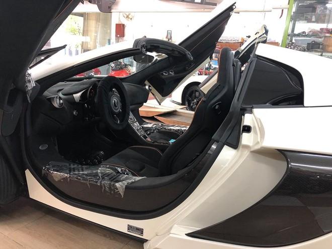 McLaren 650S Spider chỉ cần thời gian 17 giây là có thể đóng hoặc mở mui