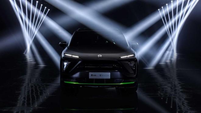 Góc nhìn trực diện của Nio ES6Night Explorer Limited Edition Vehicle