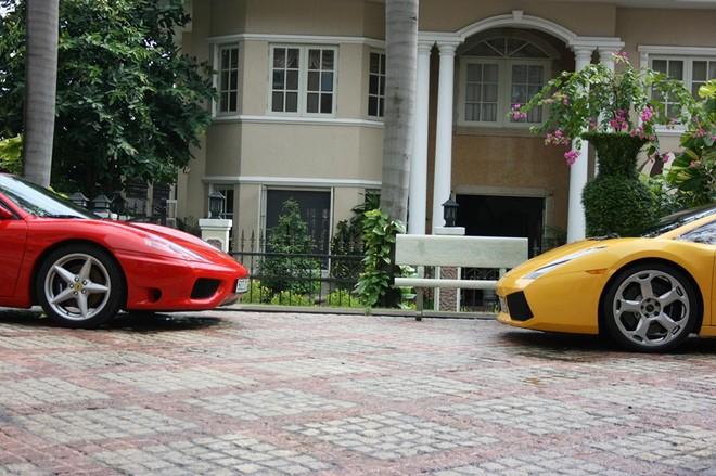 Lamborghini Gallardo và Ferrari 360 Spider nằm trong biệt thự của Cường Đô-la vào năm 2007