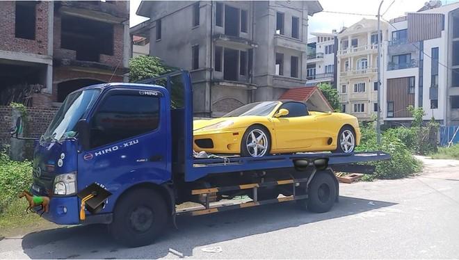 Gần 1 năm định cư Hải Phòng, siêu xe Ferrari 360 Spider màu vàng sắp tái xuất trong Nam